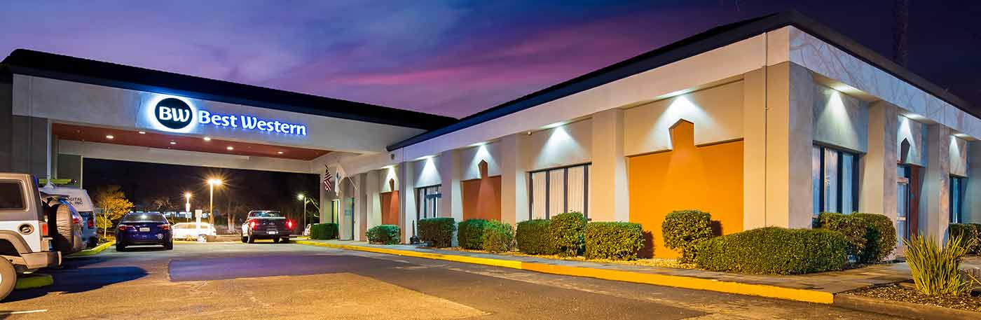 hotel in Concord CA exterior photo